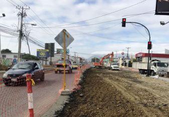 El tránsito por la Avenida 113 se ha restringido a la mitad mientras dure la regeneración.