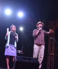 El actor costumbrista, Raymundo Zambrano, uno de los artistas que animó el cierre del pregón en el Parque de la Madre de Chone.