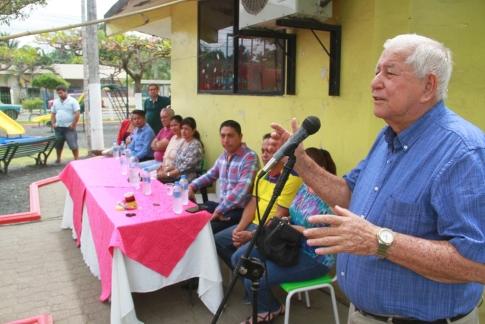 El alcalde Ramón González Álava durante su discurso.