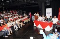 Ceremonia de premiación en el micro teatro La Bota, Guayaquil.