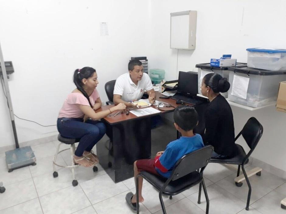 Consultorio médico del Distrito de Salud 13D02 (Manta, Jaramijó y Montecristi). Manabí, Ecuador.