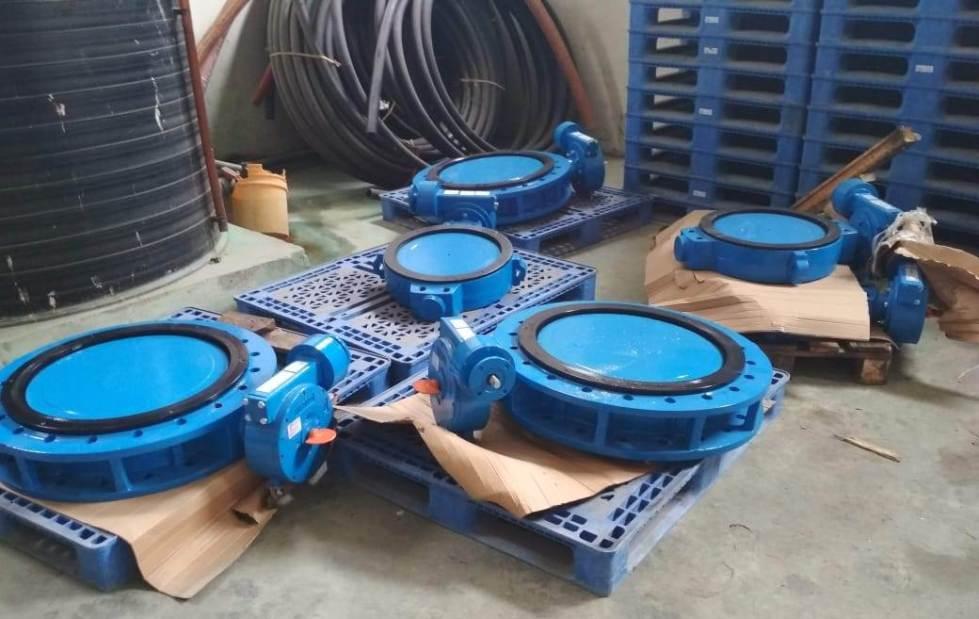 Válvulas de repuesto para el sistema de bombeo de agua desde la planta potabilizadora El Ceibal (Rocafuerte) de la Epam. Manabí, Ecuador.