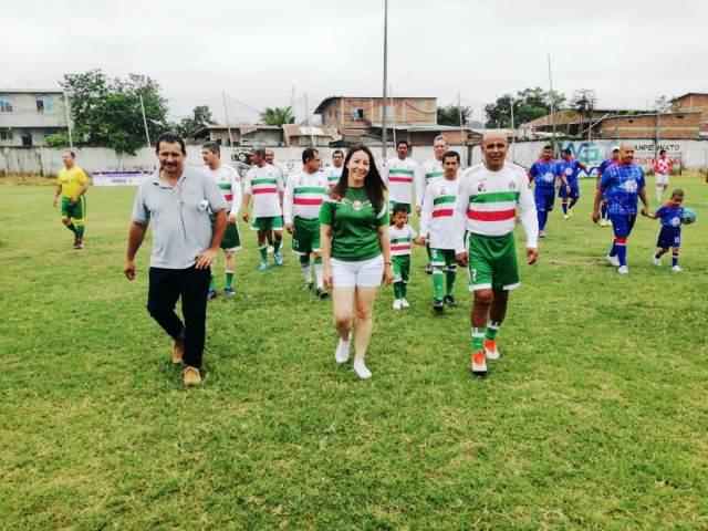 """Equipo de fútbol súper máster que disputa la Copa Víctor """"El Chino"""" Bravo, en Chone. Manabí, Ecuador."""