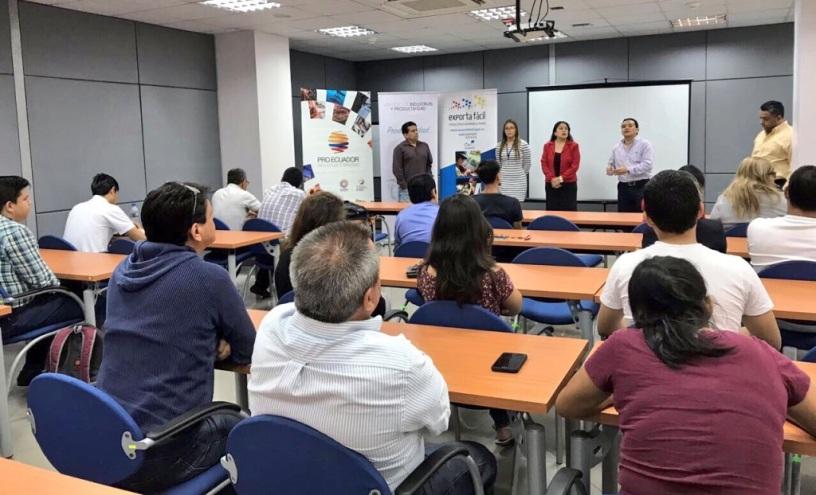 Aspecto general del curso-taller sobre Exporta Fácil desarrollado en Manta. Manabí, Ecuador.
