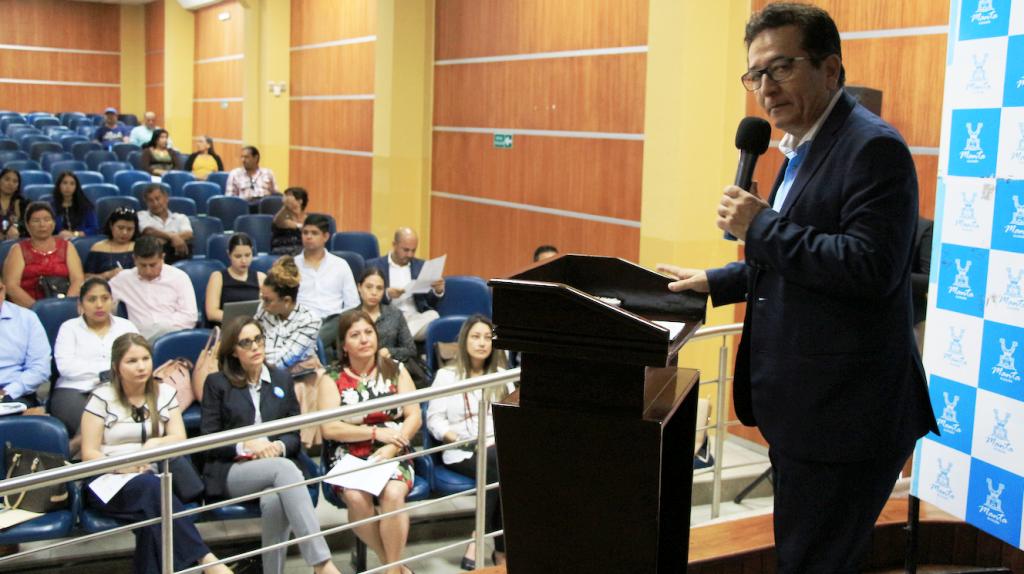 Alcalde de Manta durante la rendición de cuentas cuatrimestral de su administración en 2018. Manabí, Ecuador.