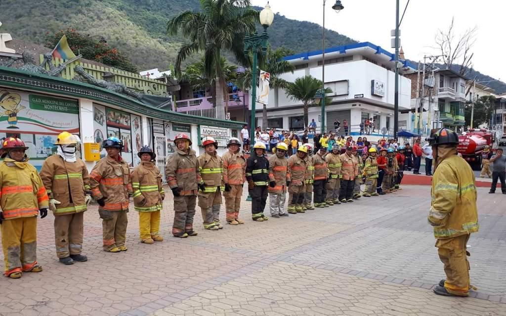 Bomberos del Cantón Montecristi. Manabí, Ecuador.