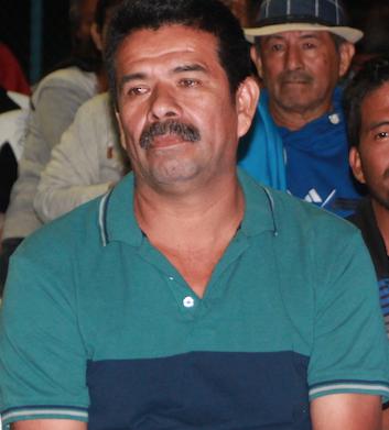 Jacinto Mendoza, presidente del comité barrial Vista al Mar, en San Mateo de Manta.