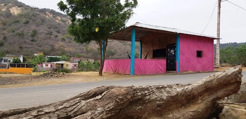 Vista panorámica del centro poblado de Ligüiqui, en la zona rural turística de Manta. Manabí, Ecuador.