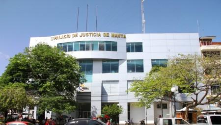 Palacio de Justicia de Manta. Manabí, Ecuador.