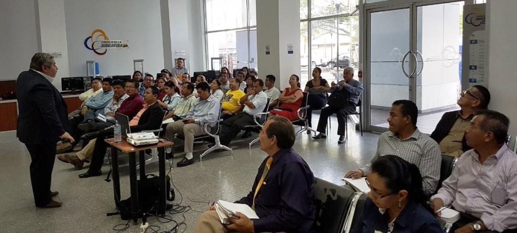 Un conversatorio jurídico desarrollado por la Delegación del Consejo de la Judicatura. Manabí, Ecuador.