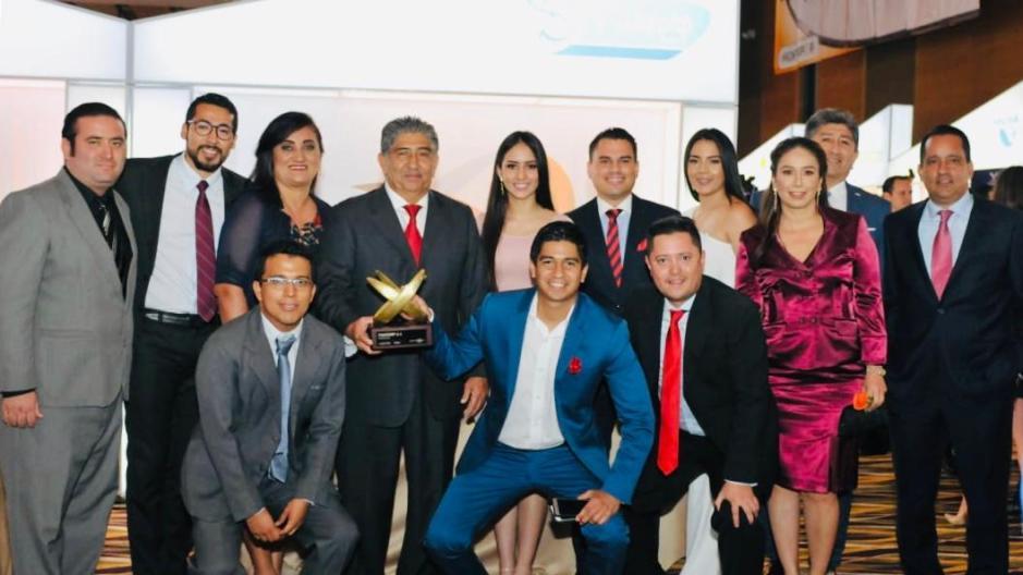 Directivos de la empresa manteña Fishcorp celebran el Premio Export 2018. Manabí, Ecuador.