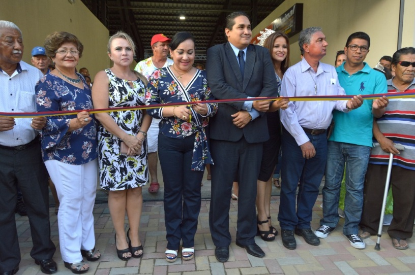 Ceremonia inaugural del mercado municipal de San Vicente. Manabí, Ecuador.