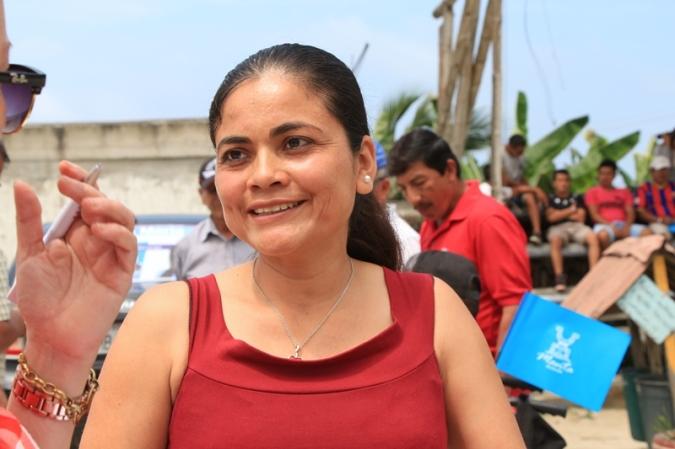 Sandra Ordóñez, presidenta del Comité de Padres de Familia de la U.E. Unidocente Ecuador Amazónico, en Río Caña, Manta.