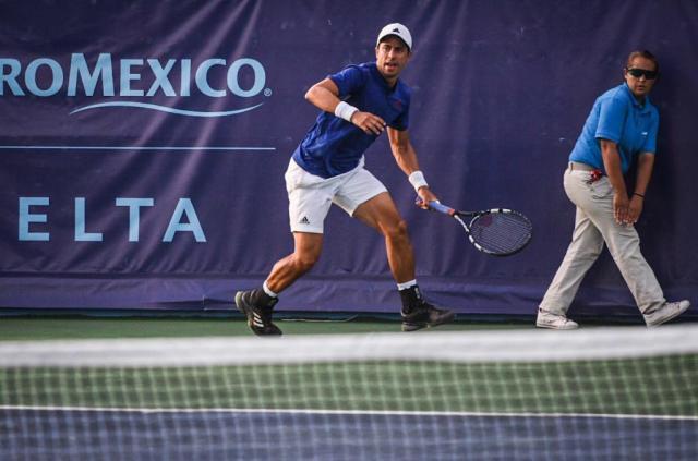 Gonzalo Escobar, tenista profesional de la ciudad de Manta. Manabí, Ecuador.