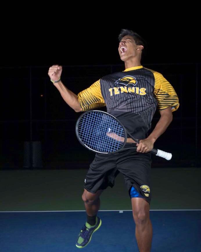 Jorman Reyes, tenista de la ciudad de Manta. Manabí, Ecuador.