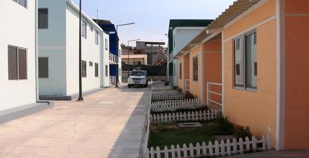Viviendas uni y multifamiliares para damnificados por el terremoto del 2016 en el Callejón María Auxiliadora de Tarqui, Manta. Manabí, Ecuador.