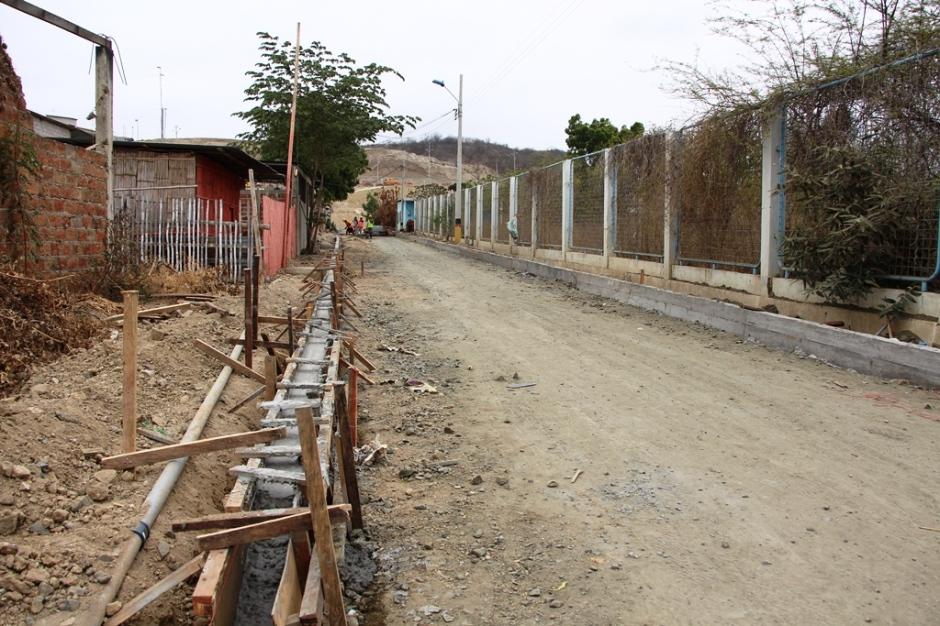 Pavimentación calles San Juan de Manta, 2